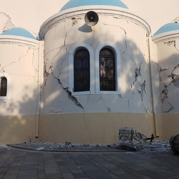 Εικόνες από το φονικό σεισμό στην Κω.